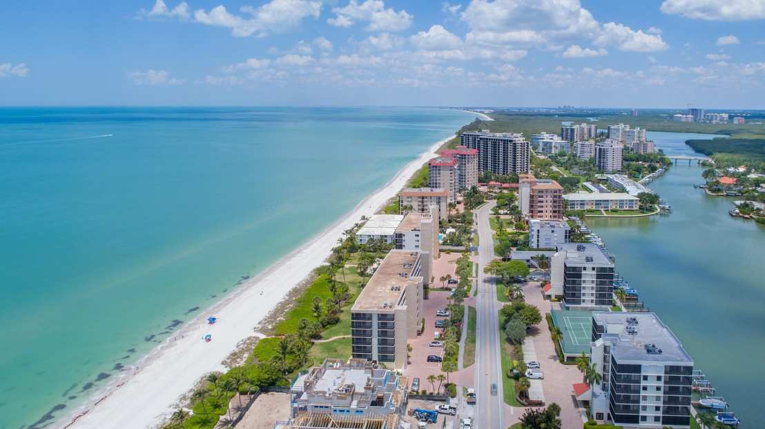 10475-Gulf-Shore-Dr-Unit-151-large-024-7-10475-Gulf-Shore-Blvd-151-5-1500x843-72dpi